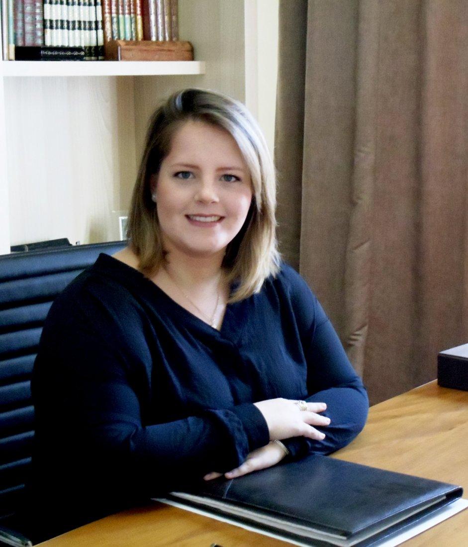 Psicóloga Giovana Zaparoli de Oliveira